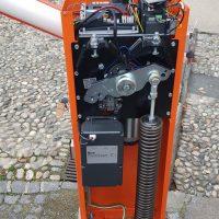 3-particolare-interno-motoriduttore-elettromeccanico-barriera-stradale